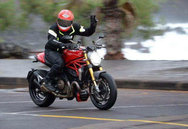 2014 Ducati Monster 1200S 2. İçerik Fotoğrafı