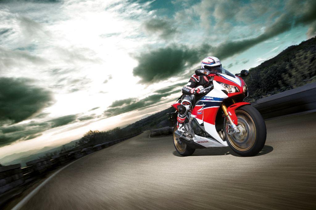 2014 Honda CBR1000RR SP 2. İçerik Fotoğrafı