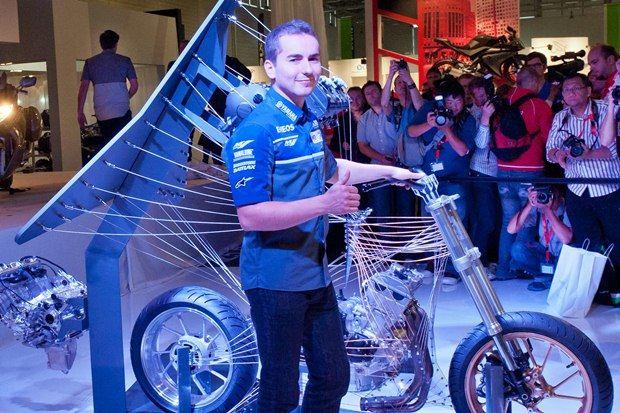 2014 Yamaha YZF-R1 3. İçerik Fotoğrafı