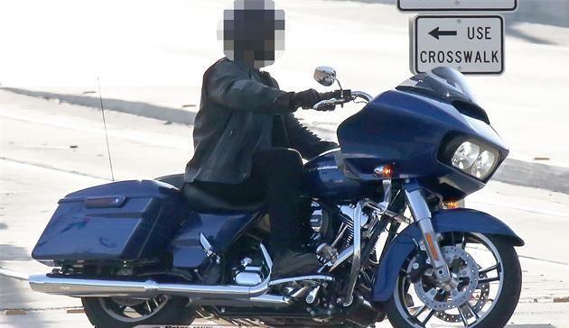 2015 Harley-Davidson Road Glide Kameralara Yakalandı 3. İçerik Fotoğrafı