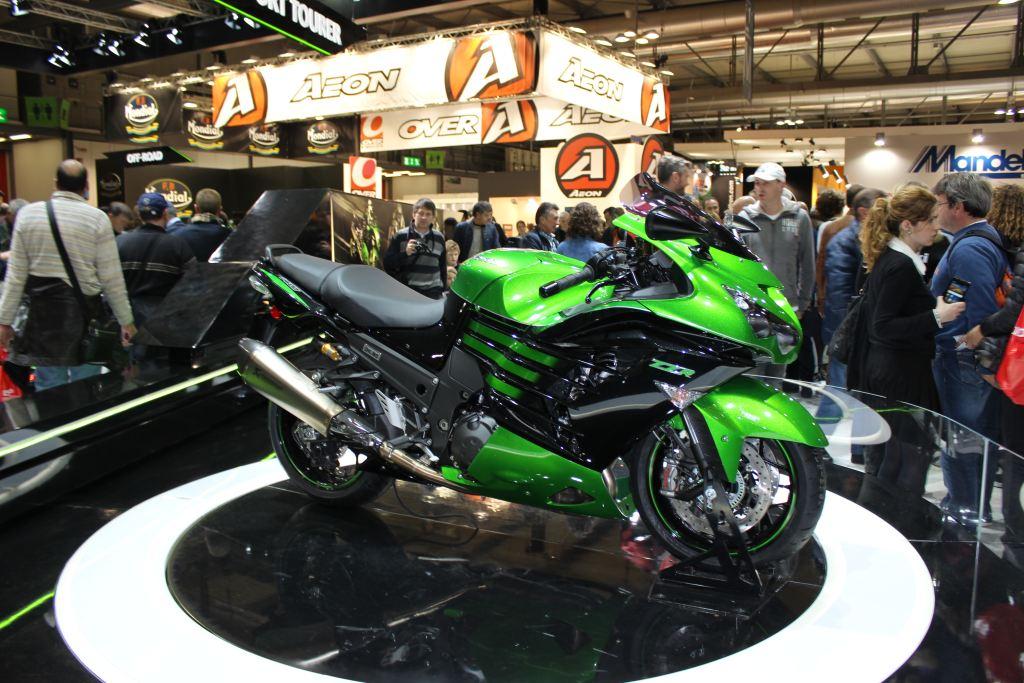 2016 Kawasaki ZZR1400'ün Gücü Azaltılıyor!  2. İçerik Fotoğrafı
