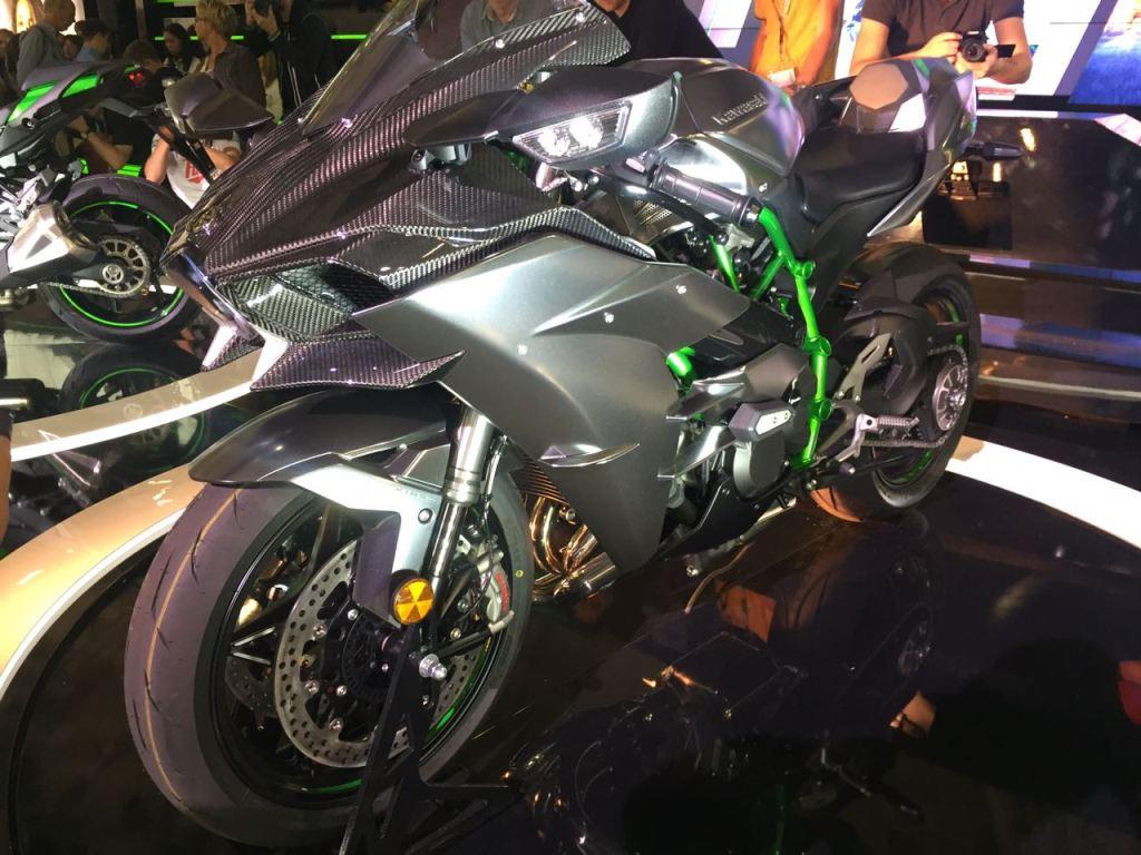 2017 Kawasaki Ninja H2 Carbon - Intermot 2016  2. İçerik Fotoğrafı