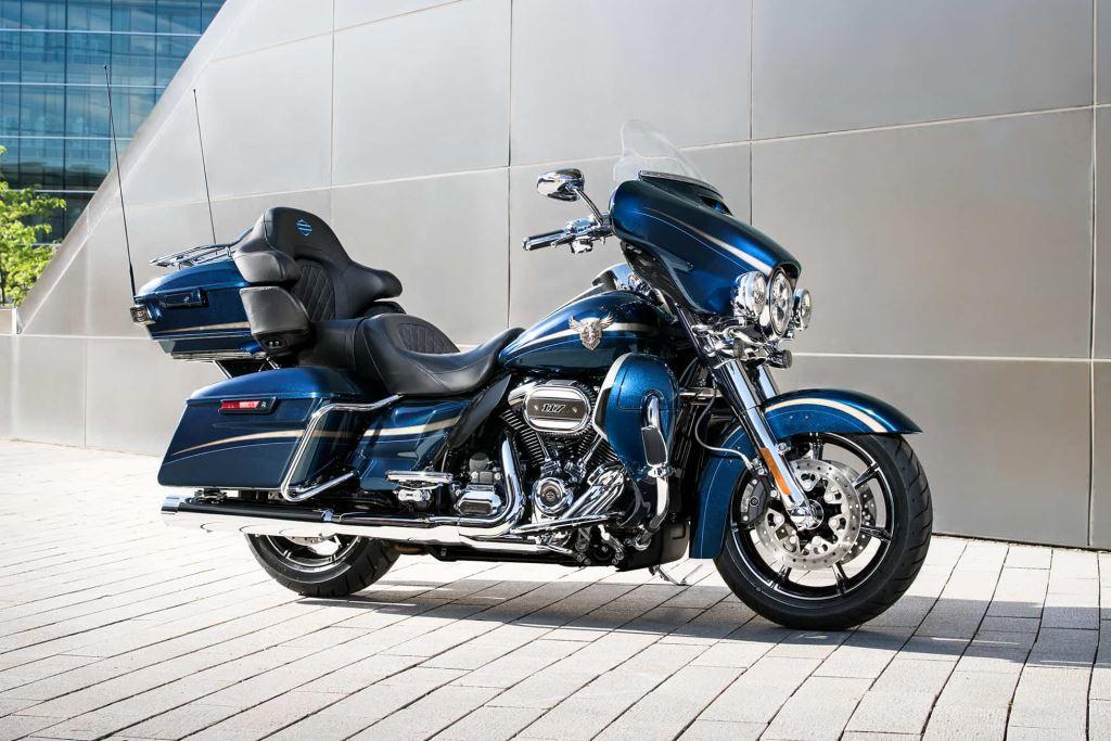 2018 Harley-Davidson Softail, Touring ve 115. Yıl Modelleri! 25. İçerik Fotoğrafı
