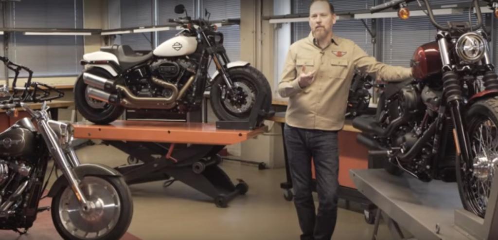 2018 Harley-Davidson Softail, Touring ve 115. Yıl Modelleri! 43. İçerik Fotoğrafı