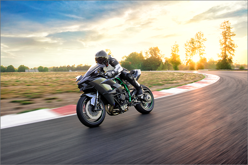 2018 Kawasaki H2 Modelleri Açıklandı! 2. İçerik Fotoğrafı