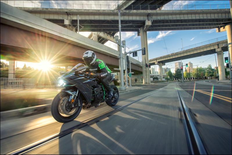 2018 Kawasaki H2 Modelleri Açıklandı! 3. İçerik Fotoğrafı