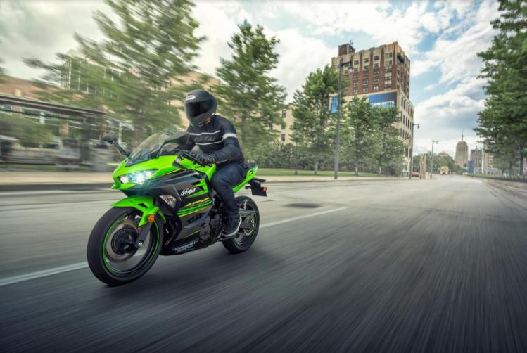 2018 Kawasaki Ninja 400 – EICMA 2017! 2. İçerik Fotoğrafı