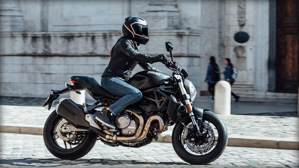 25. Yıl Dönümü Onuruna Yeni Ducati Monster 821!  6. İçerik Fotoğrafı