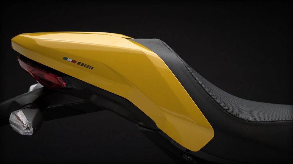 25. Yıl Dönümü Onuruna Yeni Ducati Monster 821!  8. İçerik Fotoğrafı