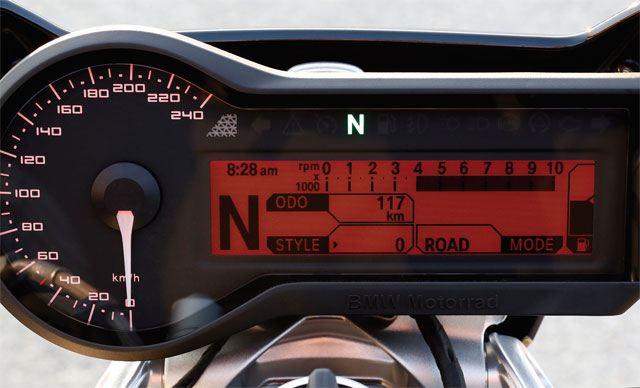 BMW R1200R 2. İçerik Fotoğrafı