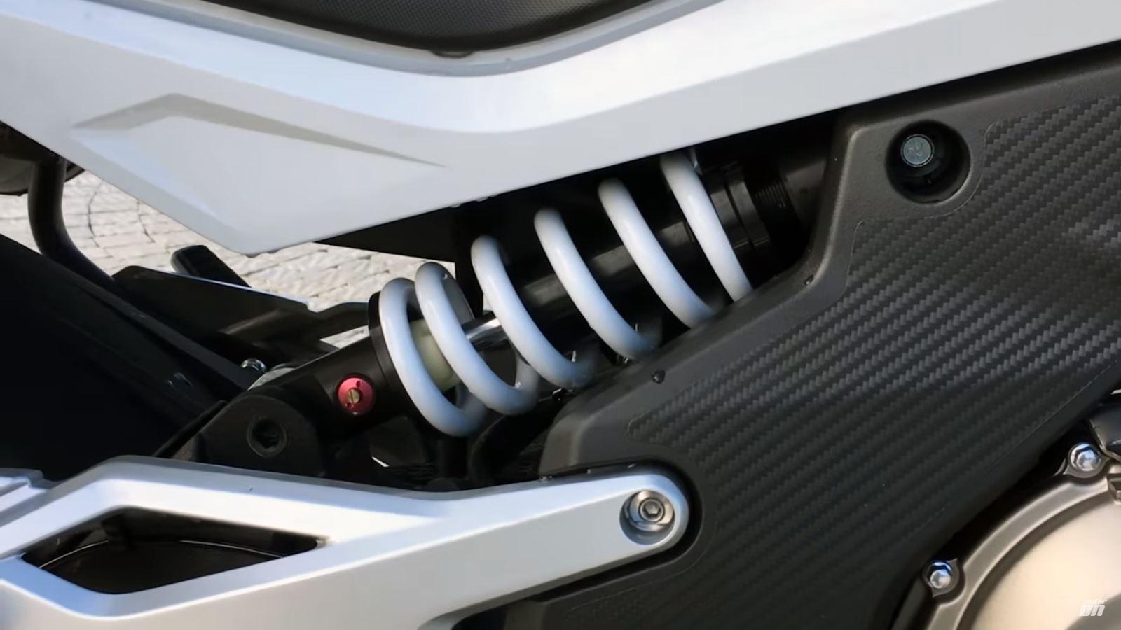 CF Moto 650 MT İncelemesi 2. İçerik Fotoğrafı