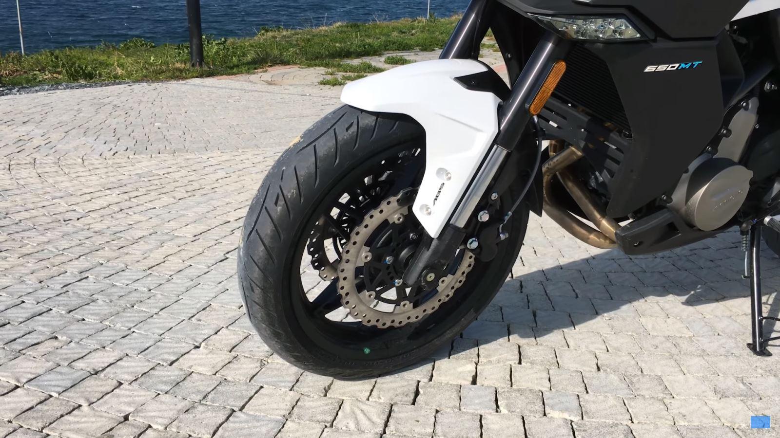 CF Moto 650 MT İncelemesi 3. İçerik Fotoğrafı