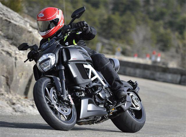Ducati Diavel 2014 1. İçerik Fotoğrafı