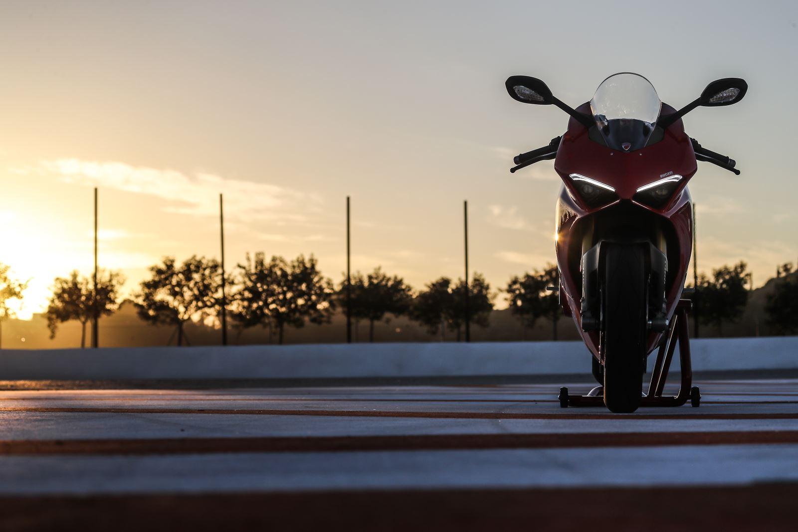 Ducati Panigale V4: Gerçekten Efsanesi Kadar İyi Mi? 13. İçerik Fotoğrafı