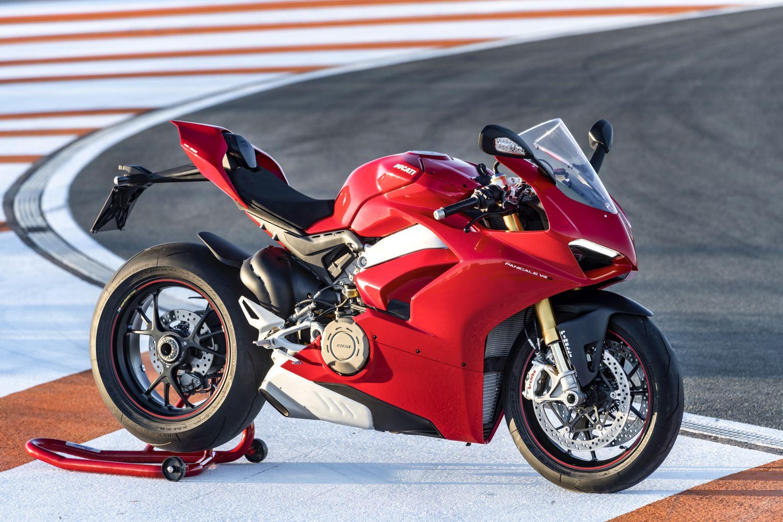 Ducati Panigale V4: Gerçekten Efsanesi Kadar İyi Mi? 11. İçerik Fotoğrafı