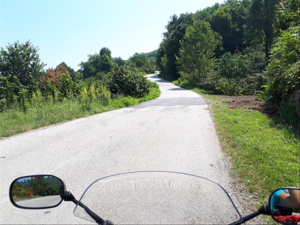 Güzeldere Şelalesine Motosiklet Gezisi Şart  2. İçerik Fotoğrafı