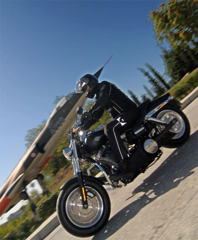 Harley-Davidson Fat Bob 1. İçerik Fotoğrafı