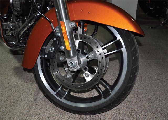 Harley Davidson Street Glide Special 4. İçerik Fotoğrafı