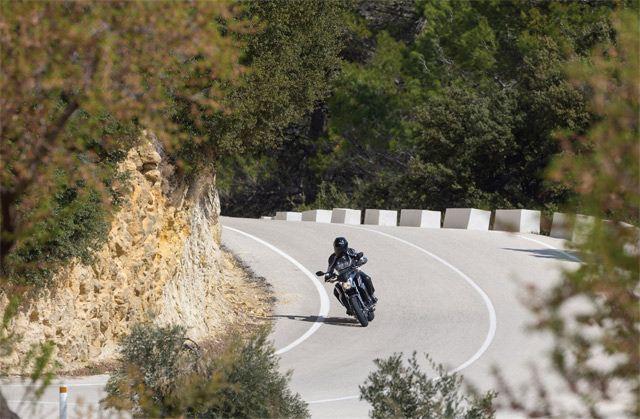 Honda CB650F 3. İçerik Fotoğrafı
