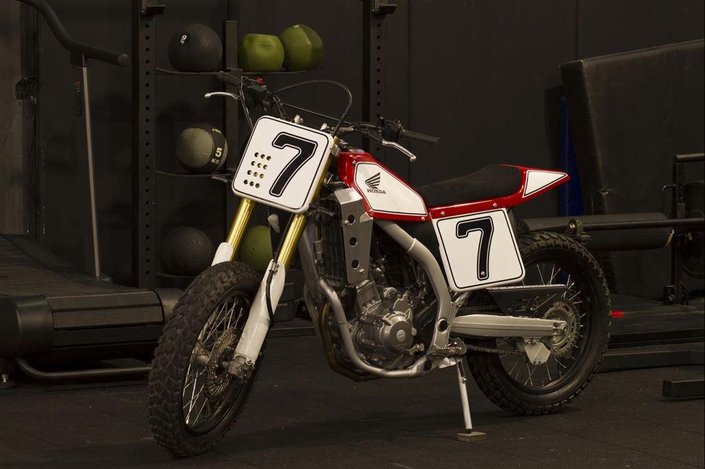 Honda CRF250L'ye Yapılmış Müthiş Bir Custom Örneği: S.O.F.T. (Spirit Of Flat Track) 2. İçerik Fotoğrafı