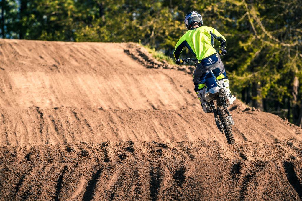 Husqvarna 2018 Motocross Serisini Açıkladı!  5. İçerik Fotoğrafı