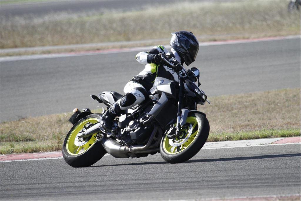 Intercity İstanbul Park Pisti'nden California Superbike School Geçti!  15. İçerik Fotoğrafı
