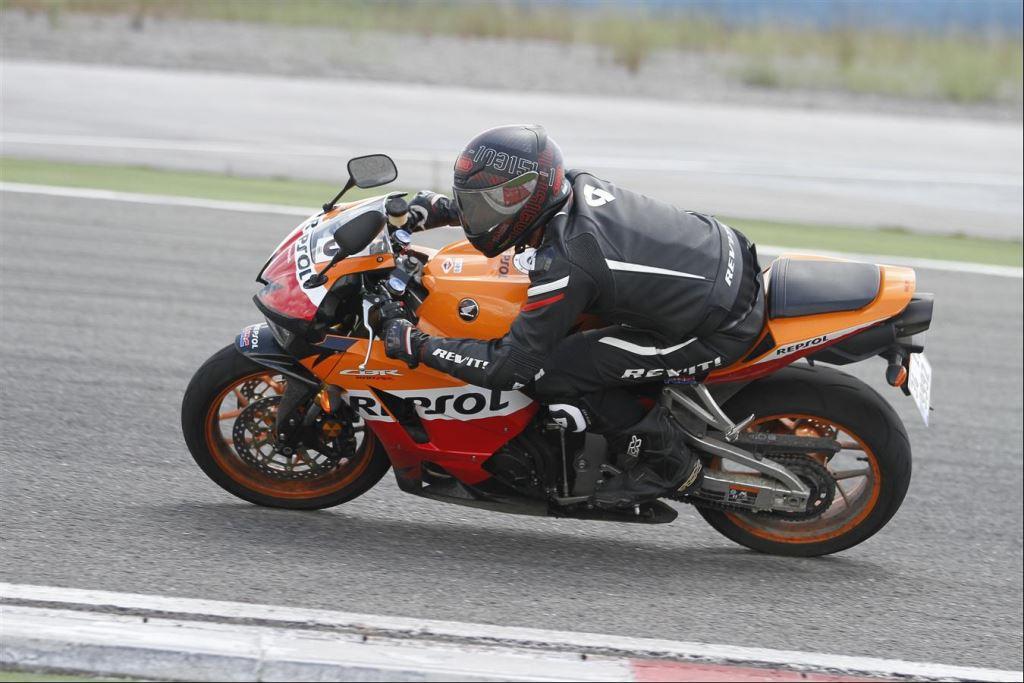 Intercity İstanbul Park Pisti'nden California Superbike School Geçti!  21. İçerik Fotoğrafı