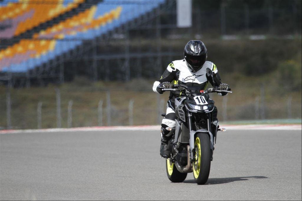 Intercity İstanbul Park Pisti'nden California Superbike School Geçti!  23. İçerik Fotoğrafı