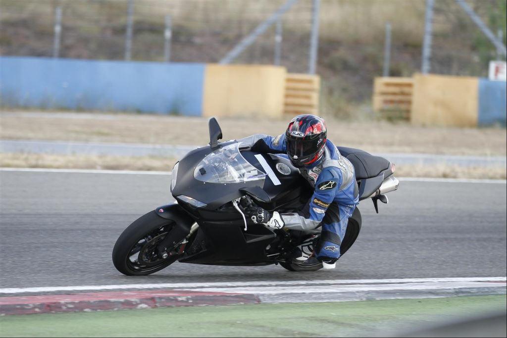 Intercity İstanbul Park Pisti'nden California Superbike School Geçti!  8. İçerik Fotoğrafı