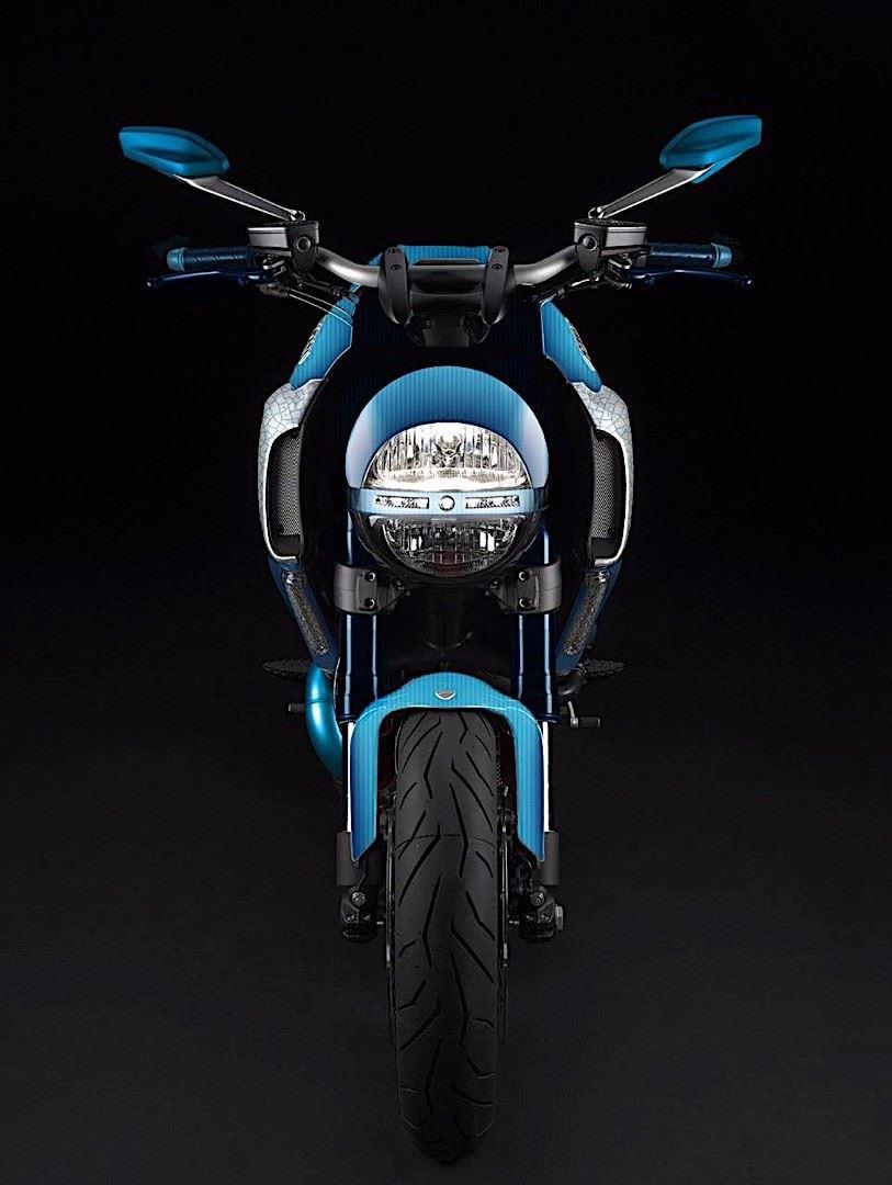 İtalyan Custom Otomobil Tasarımcısı'ndan Çılgın Ducati Diavel!  4. İçerik Fotoğrafı