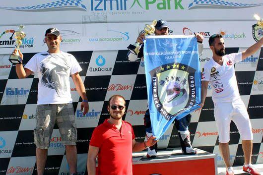 İzmir Park'ta Tolga Uprak Aprilia RSV4 ile yine birinci! 2. İçerik Fotoğrafı