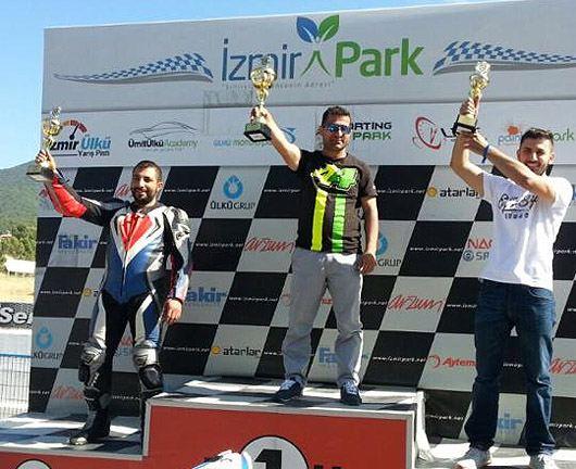 İzmir Park'ta Tolga Uprak Aprilia RSV4 ile yine birinci! 6. İçerik Fotoğrafı
