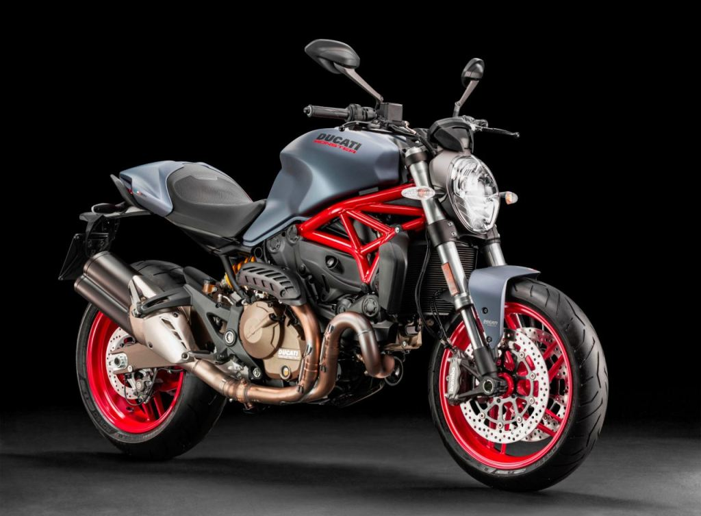 Karşımızda 2017 Ducati Monster 821, Multistrada 1200S ve Panigale 1299! 3. İçerik Fotoğrafı