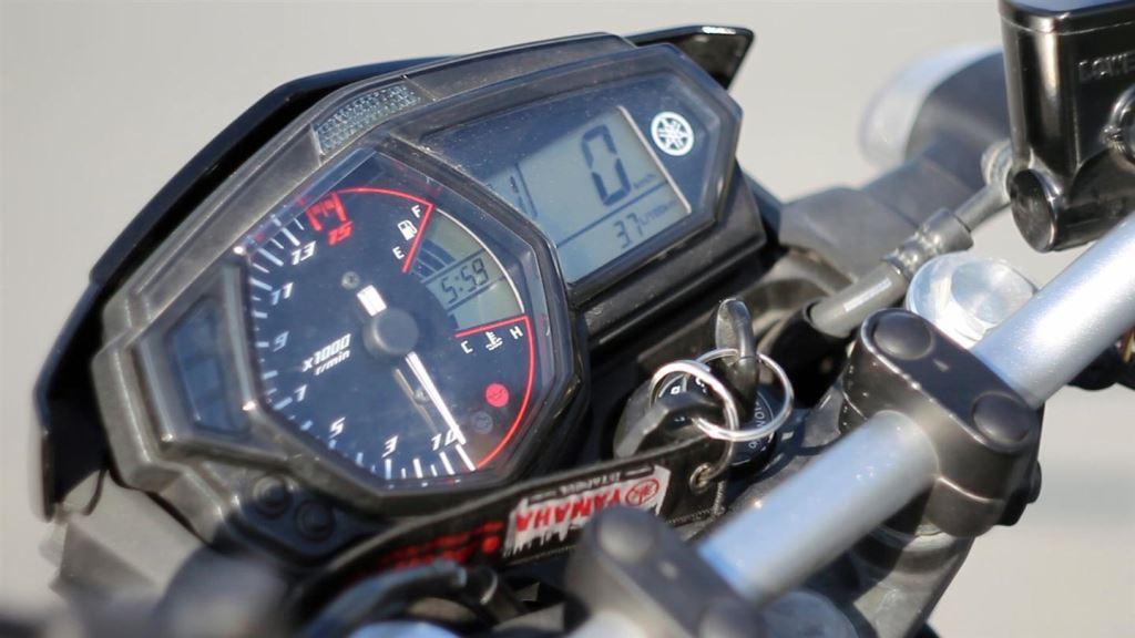 KTM Duke 250 ve Yamaha MT-25  4. İçerik Fotoğrafı