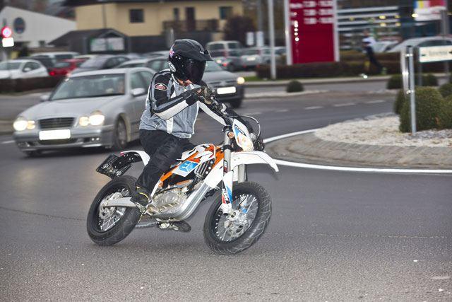KTM Freeride E-SM 2. İçerik Fotoğrafı