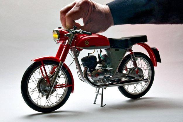 Model Motosikletlere Hükmeden Adam: Pere Tarrago 3. İçerik Fotoğrafı