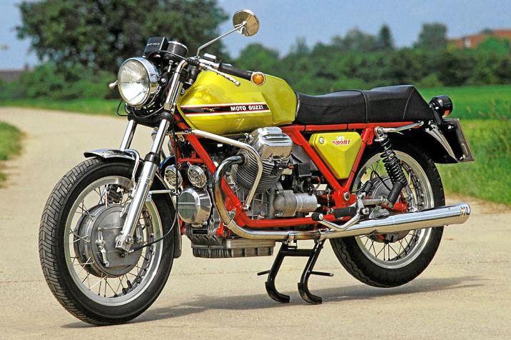 Moto Guzzi V7 Racer Verde Legnano Special Edition 2. İçerik Fotoğrafı