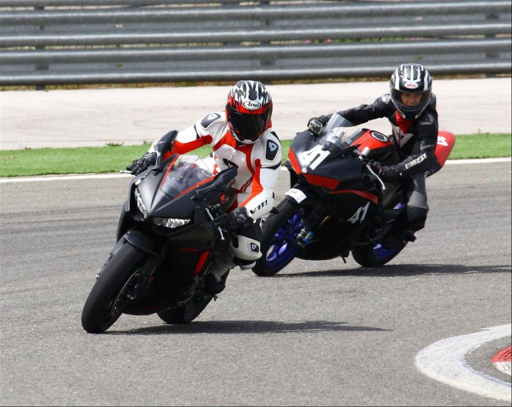 Motoron Motosiklet Pist Günleri ve  Pist Eğitim Günleri ve  Motoron Rider Academy!  12. İçerik Fotoğrafı