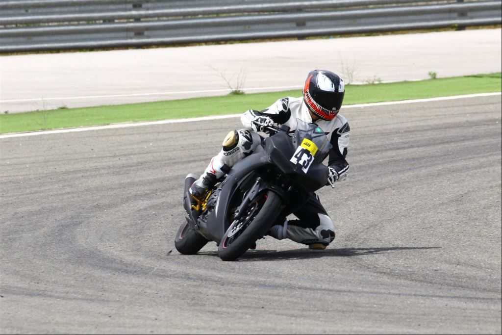 Motoron Motosiklet Pist Günleri ve  Pist Eğitim Günleri ve  Motoron Rider Academy!  13. İçerik Fotoğrafı