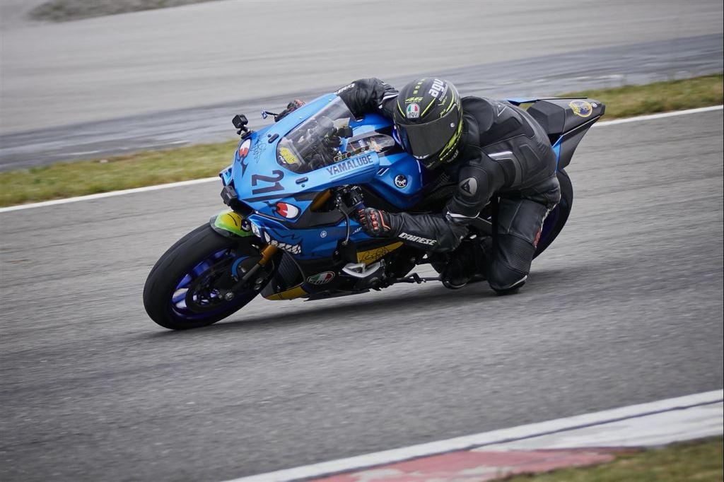 Motoron Motosiklet Pist Günleri ve  Pist Eğitim Günleri ve  Motoron Rider Academy!  2. İçerik Fotoğrafı
