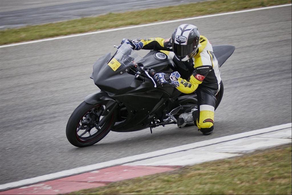 Motoron Motosiklet Pist Günleri ve  Pist Eğitim Günleri ve  Motoron Rider Academy!  3. İçerik Fotoğrafı