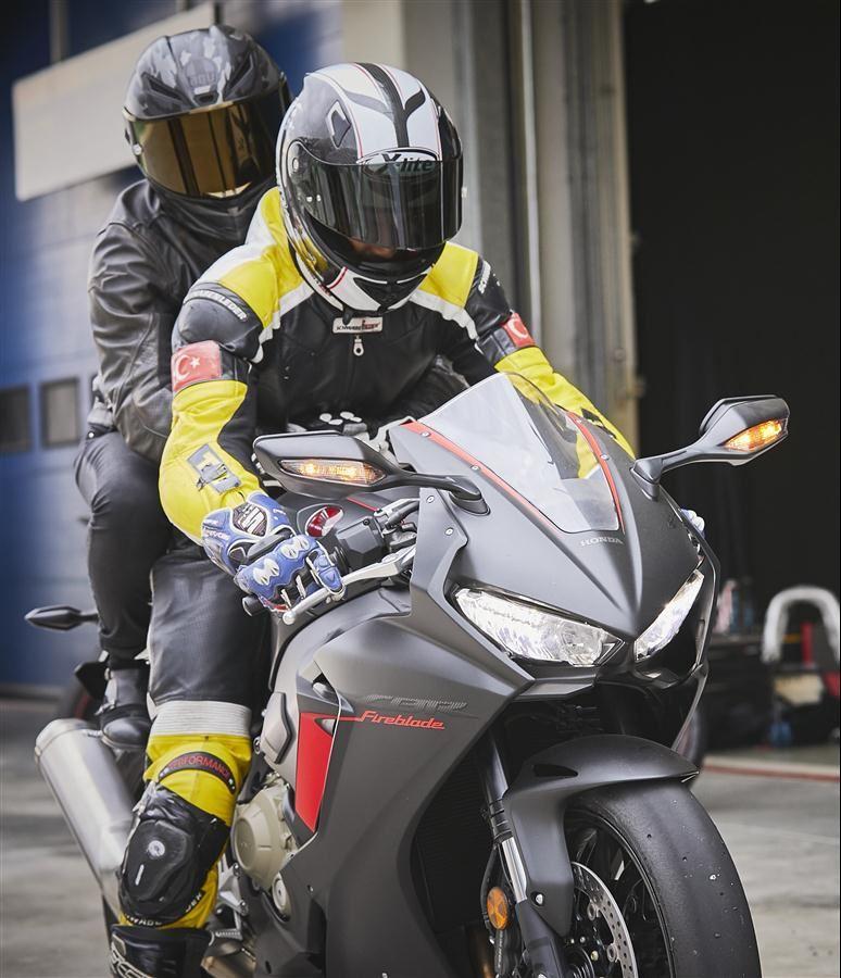 Motoron Motosiklet Pist Günleri ve  Pist Eğitim Günleri ve  Motoron Rider Academy!  6. İçerik Fotoğrafı
