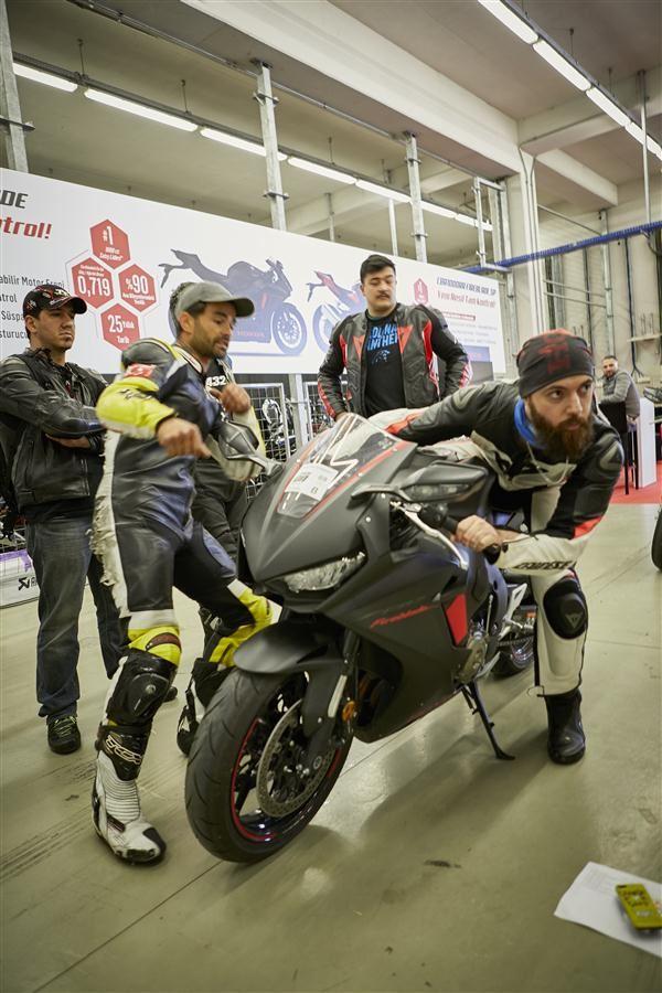 Motoron Motosiklet Pist Günleri ve  Pist Eğitim Günleri ve  Motoron Rider Academy!  7. İçerik Fotoğrafı