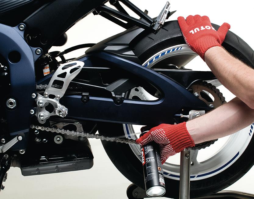 Motosikletinizi, Bahara Motul İle Hazırlayın!  2. İçerik Fotoğrafı