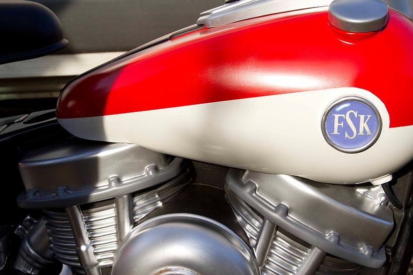 Plastikten Custom Motosiklet Üretmek 3. İçerik Fotoğrafı
