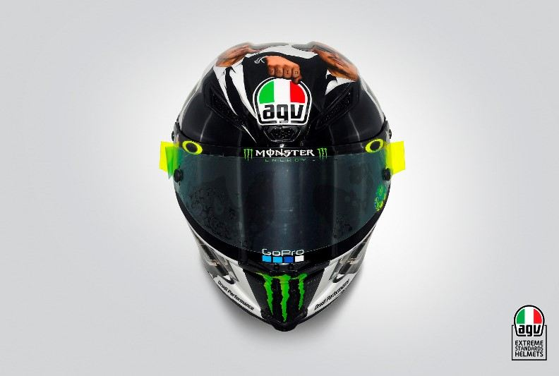 """Rossi'nin Misano'da tanıttığı AGV Pista GP R Kaskı:""""Blues Brothers""""  4. İçerik Fotoğrafı"""