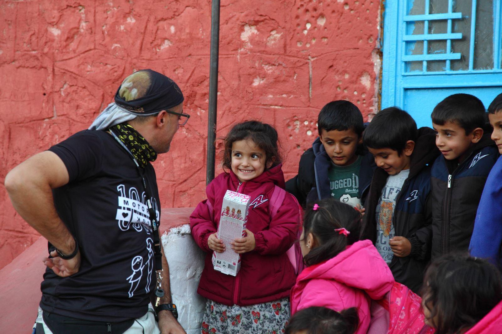 Umudun Adı: İlker Kül Ve 1000 Motorcu 1000 Çocuk Projesi 19. İçerik Fotoğrafı