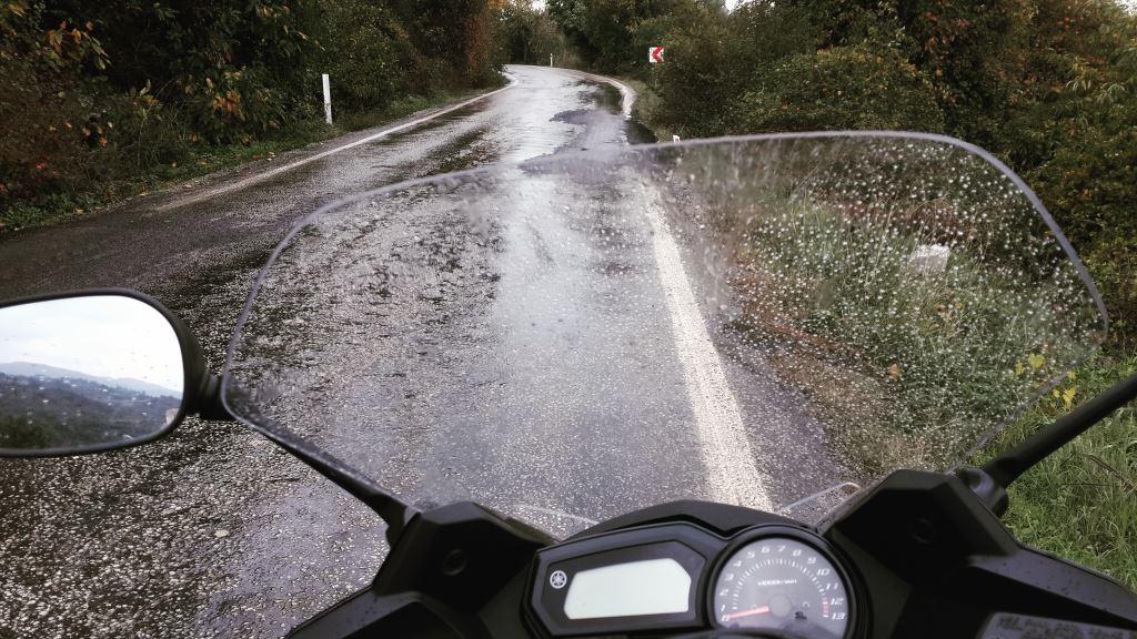 Yağmurla Gelen Tehlike 3. İçerik Fotoğrafı