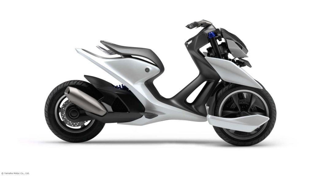 Yamaha'dan Üç Tekerlekli İki <a href=