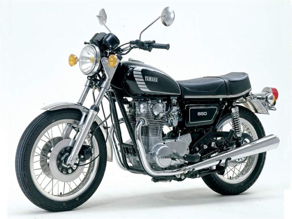 Yamaha'nın Yeni Retro Motorları: XSR700 ve XSR900 2. İçerik Fotoğrafı